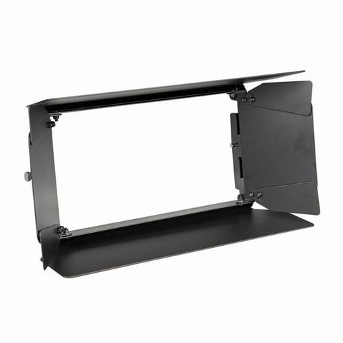 SHOWTEC HELIX M1000 Q4 Mobile RGBW Wash - Barndoor