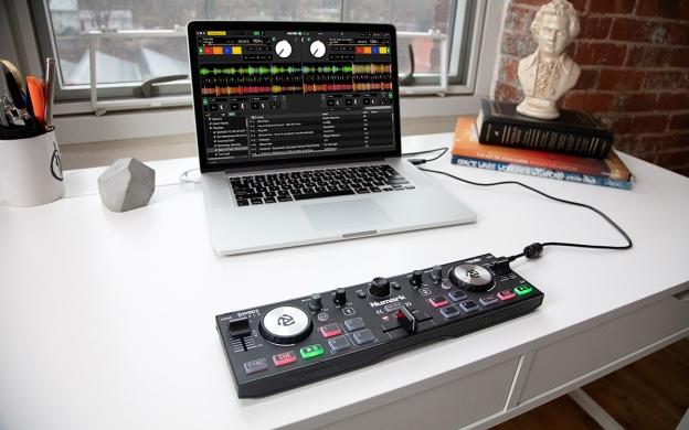 NUMARK DJ2GO2 Touch Pocket Sized DJ Controller